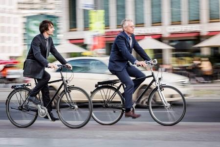 Если вы решили ездить на работу на… велосипеде